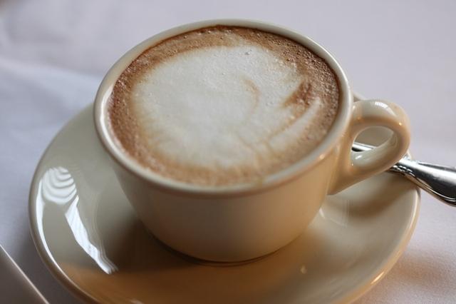 Cappuccino at La Casa D'Italia
