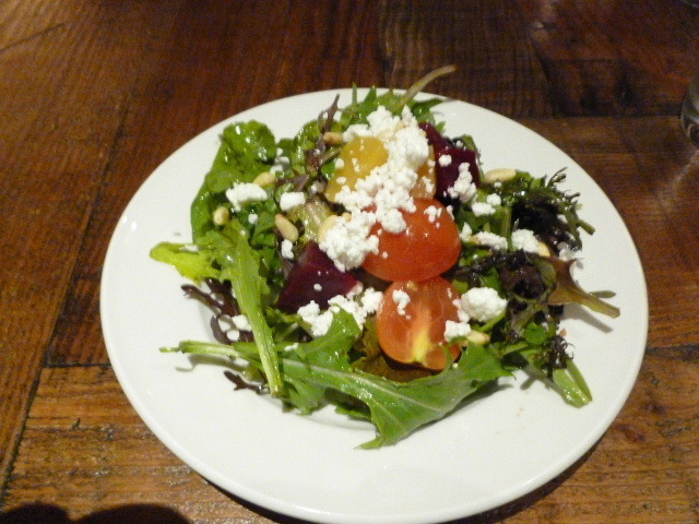 This is the appetizer portion as part of the lunch menu. - insalata mista at Pascolo Ristorante