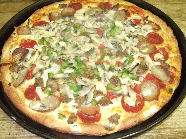 Restaurants Italian Near Me: Luigi's Pizza Locations Near Me + Reviews & Menu