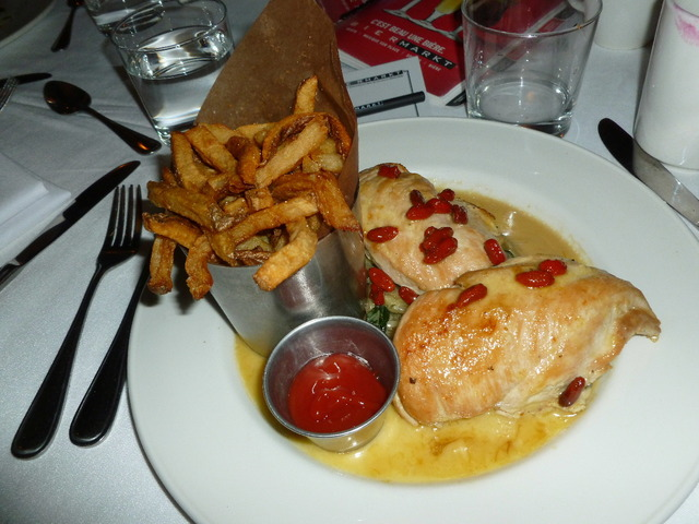 Seared Chicken & Goji Berries at Bier Markt