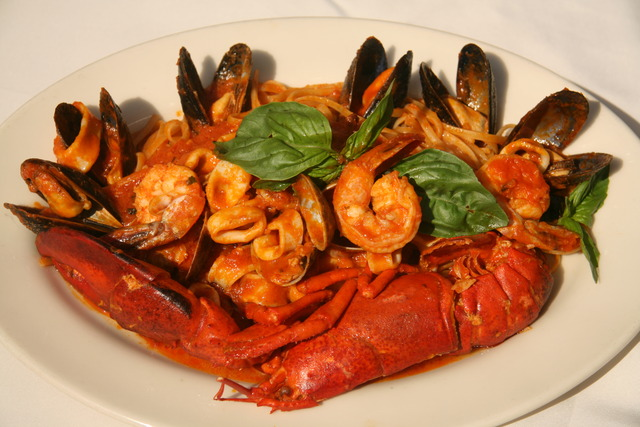 Linguine Di Mare at Giardino Restaurant
