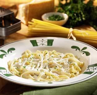 Fettuccine Alfredo at Olive Garden