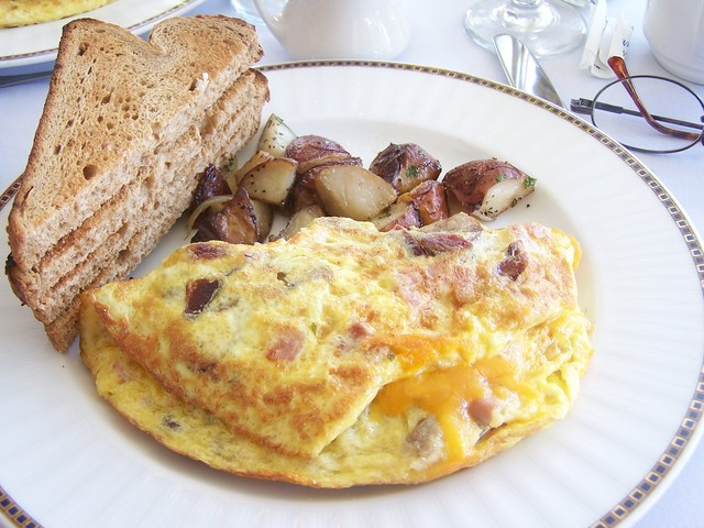 omelette with bacon,sausage,cheese - heart attack omelette at Riverside Hotel