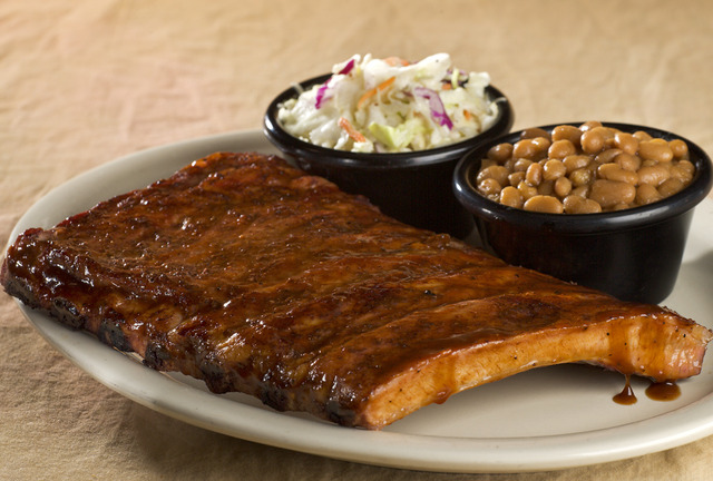 Rib Plate at Sticky Fingers Smokehouse