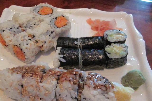 Photo of Maki: spicy crab, avocado, chicken tempura