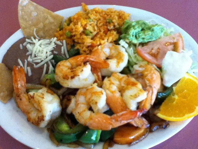 Shrimp fajitas at Crystal Fountain Cafe
