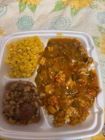 Daily Plate Lunches at McFarland's Cafe de Cajun