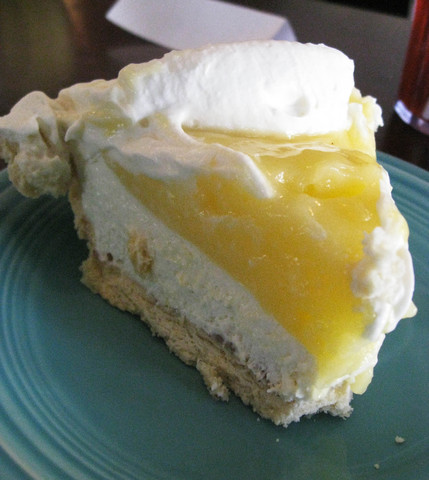 Photo of Lemon Lush Pie