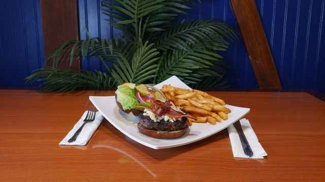 Black & Blue Burguer at Lilly's on the Lake