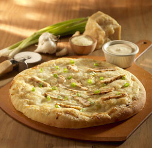 Chicken Alfredo Pizza at Olive Garden