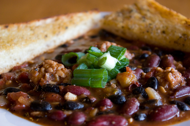 Ras Rootz Chili at Nine Mile