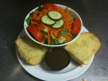 Delicious freshly made salads plus Fort Laudedale delivery, mangia! - Italian Chef Salad at Pie-zans Pizza