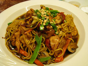 Asian Noodles with Chicken at Isabella's