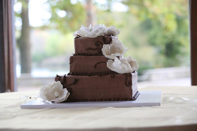 Wedding Cake - Wedding Cake at Resch's Bakery
