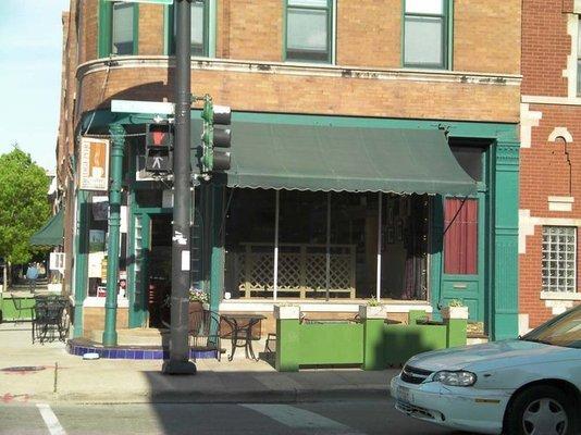 Exterior at Bridgeport Coffeehouse