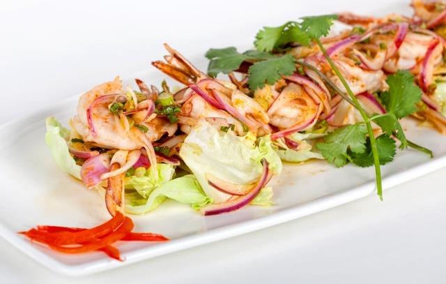 Photo at Sib Song Sushi and Thai