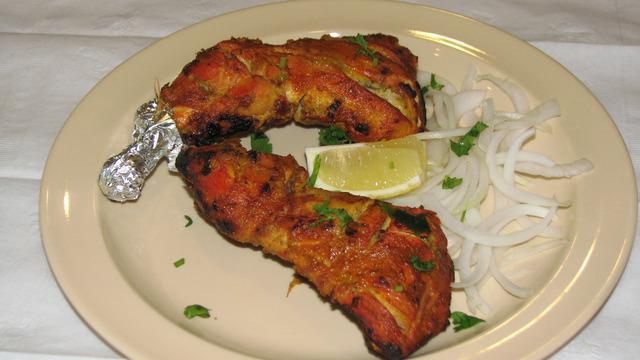 Tandoori Chicken at Mumbai Chowk