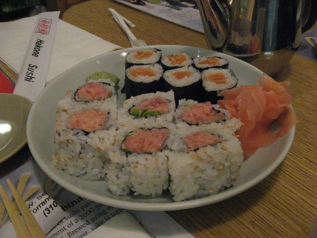 Spicy Tuna Roll & Salmon roll - Spicy Tuna Roll at Hakone Sushi