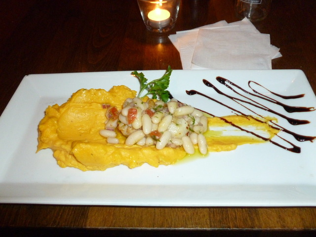 The scallops are hiding under the beans - antipasto at Weinstein & Gavino's