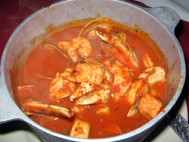 Photo of Th bucket Italian style cioppino