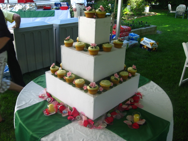 Tiered Cupcakes at Cookie Central