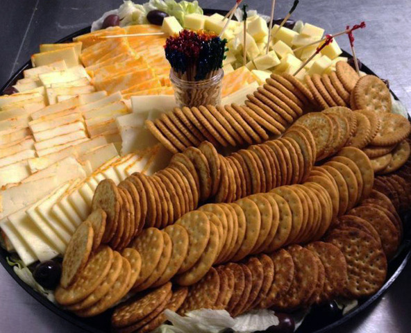 Cracker and Assorted Cheese Platter at Royal Roast Beef & Seafood