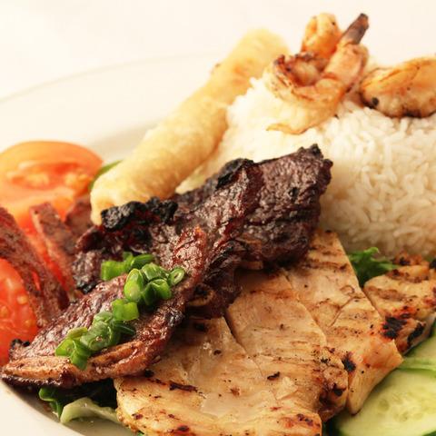 Specialty Rice Platter at T-Wa Inn