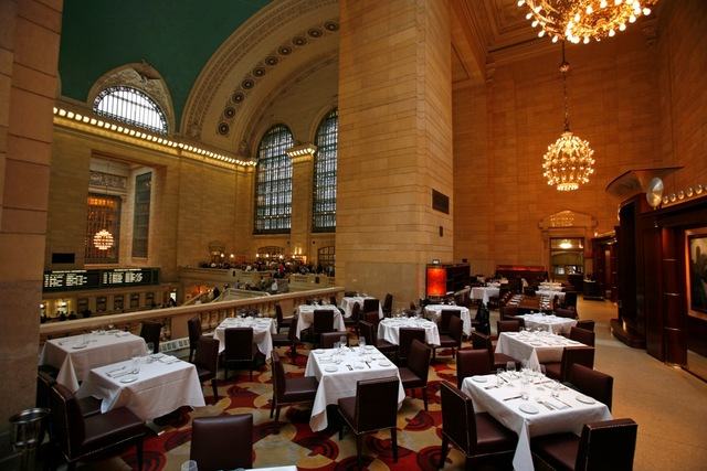 Michael Jordan S Steakhouse Locations Near Me Reviews Menu