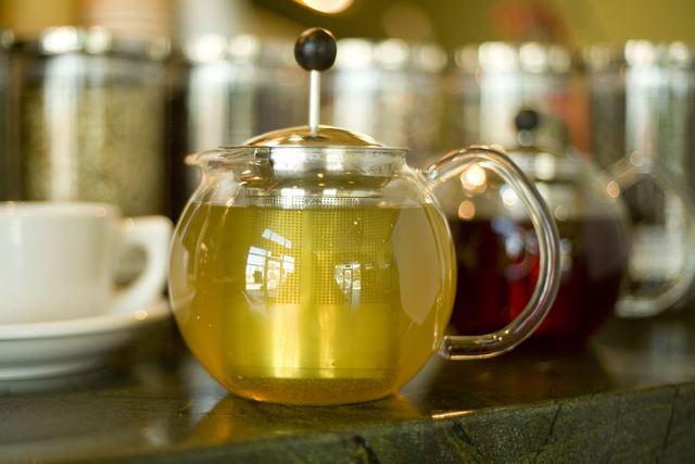 Loose Leaf Teas at Kafe Neo