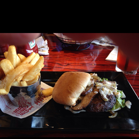 red robin gourmet burgers locations near me in texas tx us reviews menu red robin gourmet burgers locations