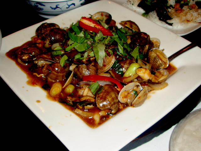 Manila Clams at Phong Dinh Restaurant
