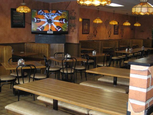 Interior at Perry's Pizza & Italian Restaurant