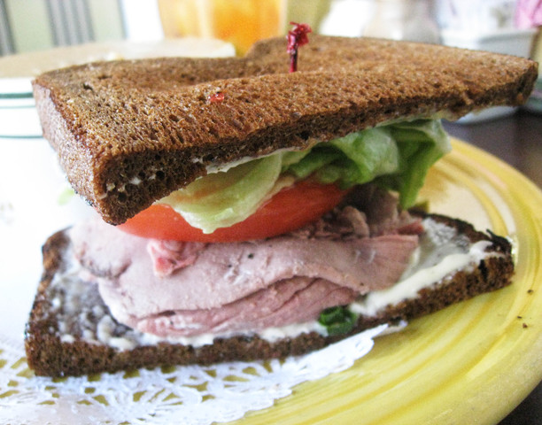 Roast Beef with Squaw Bread at Bake N' Broil
