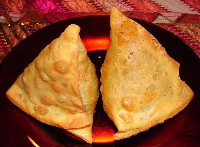 vegetable samosas at Namaskaar