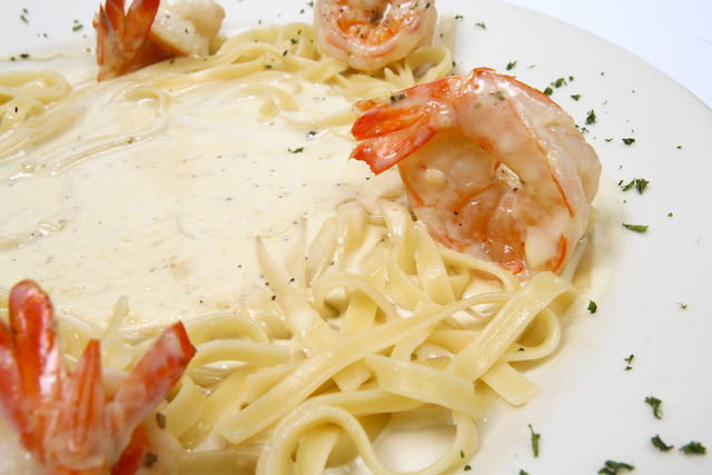 Shrimp Fettuccine Alfredo at Napoli Flying Pizza
