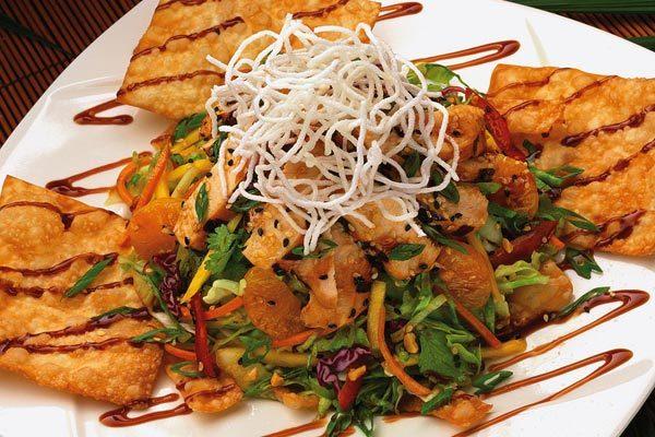 Oriental Chicken Salad at Elephant Bar Restaurant