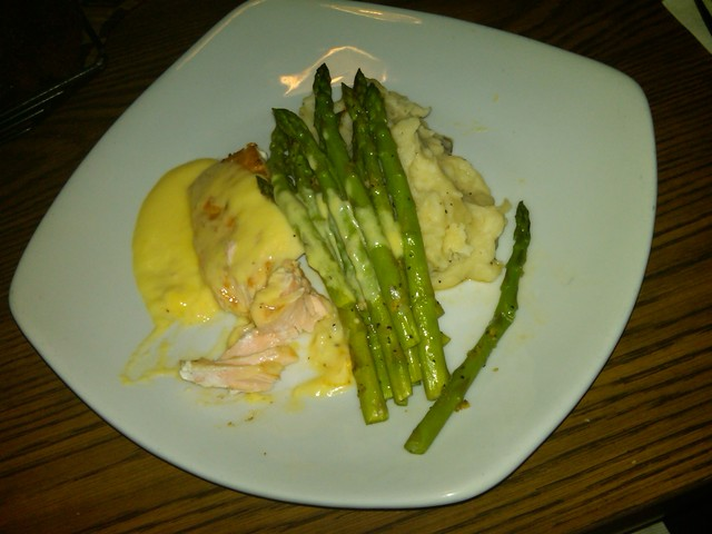 Photo of Back to School: Salmon Hollandaise with Asparagus