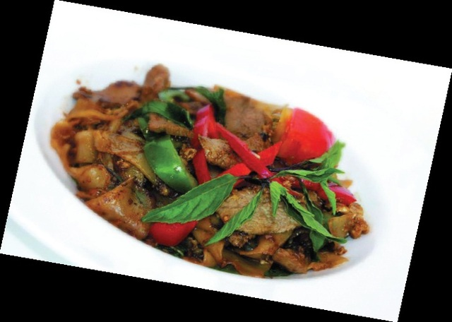 Ordinaire Drunken Noodles At Wai Wai Kitchen